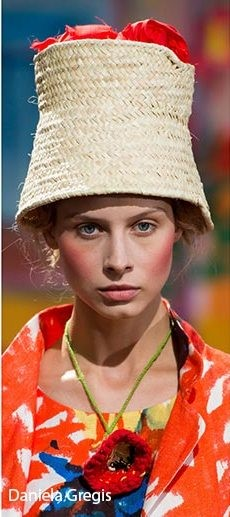 spring_summer_2017_headwear_trends_straw_sun_hats2.jpg