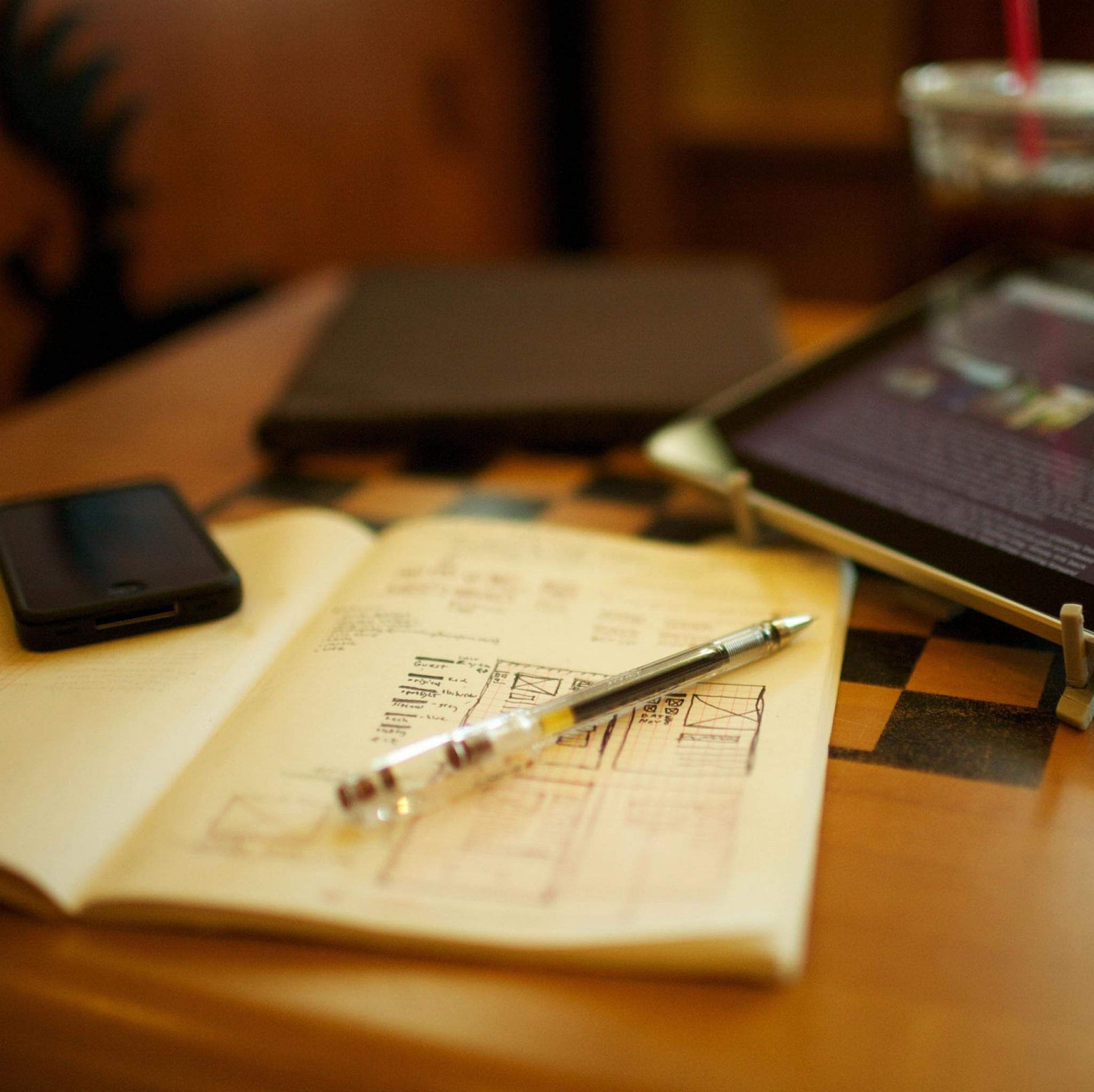 Рабочие ручки и член 8 фотография